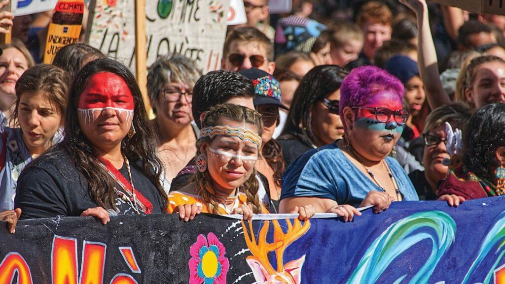 Écoféminisme et voix autochtones dans la lutte aux changements climatiques