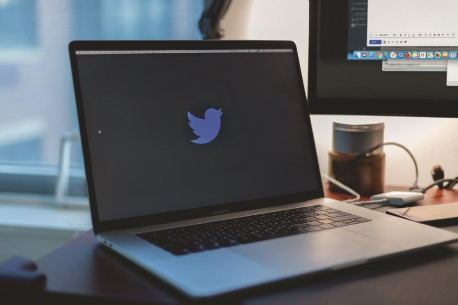 La communication de la recherche à propos des changements climatiques sur Twitter : une affaire de scientifiques?